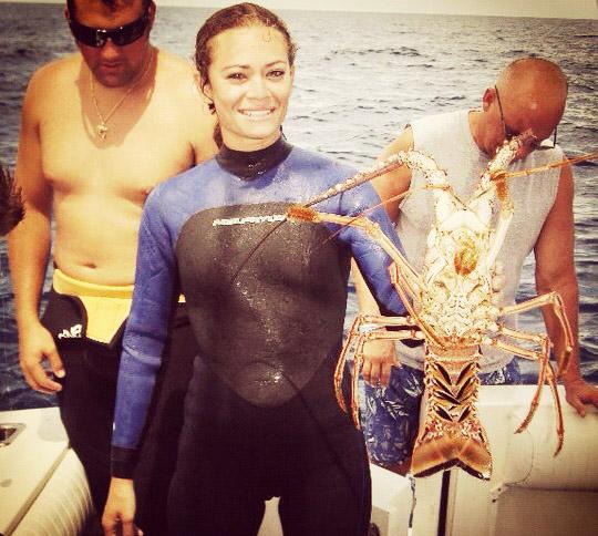 Lexi Furukawa lobster diving