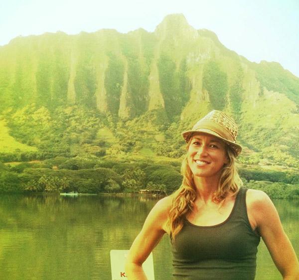 Katie Pere Hawaii fishing - Fishin Chick Katie Pere