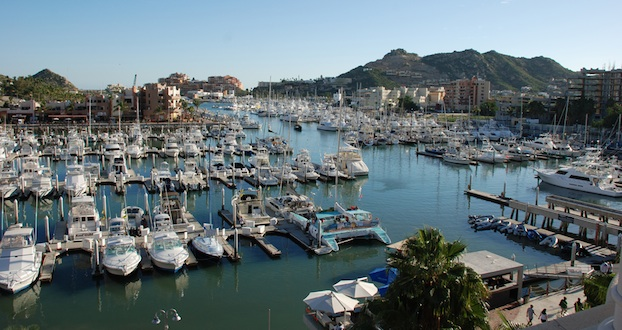 Charter boats in cabo san lucas mexico for Cabo san lucas fishing charters