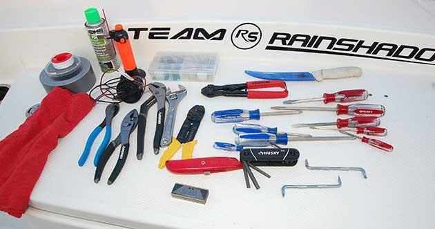 Marine Tool Kits For Boats : Assembling a small boat tool kit