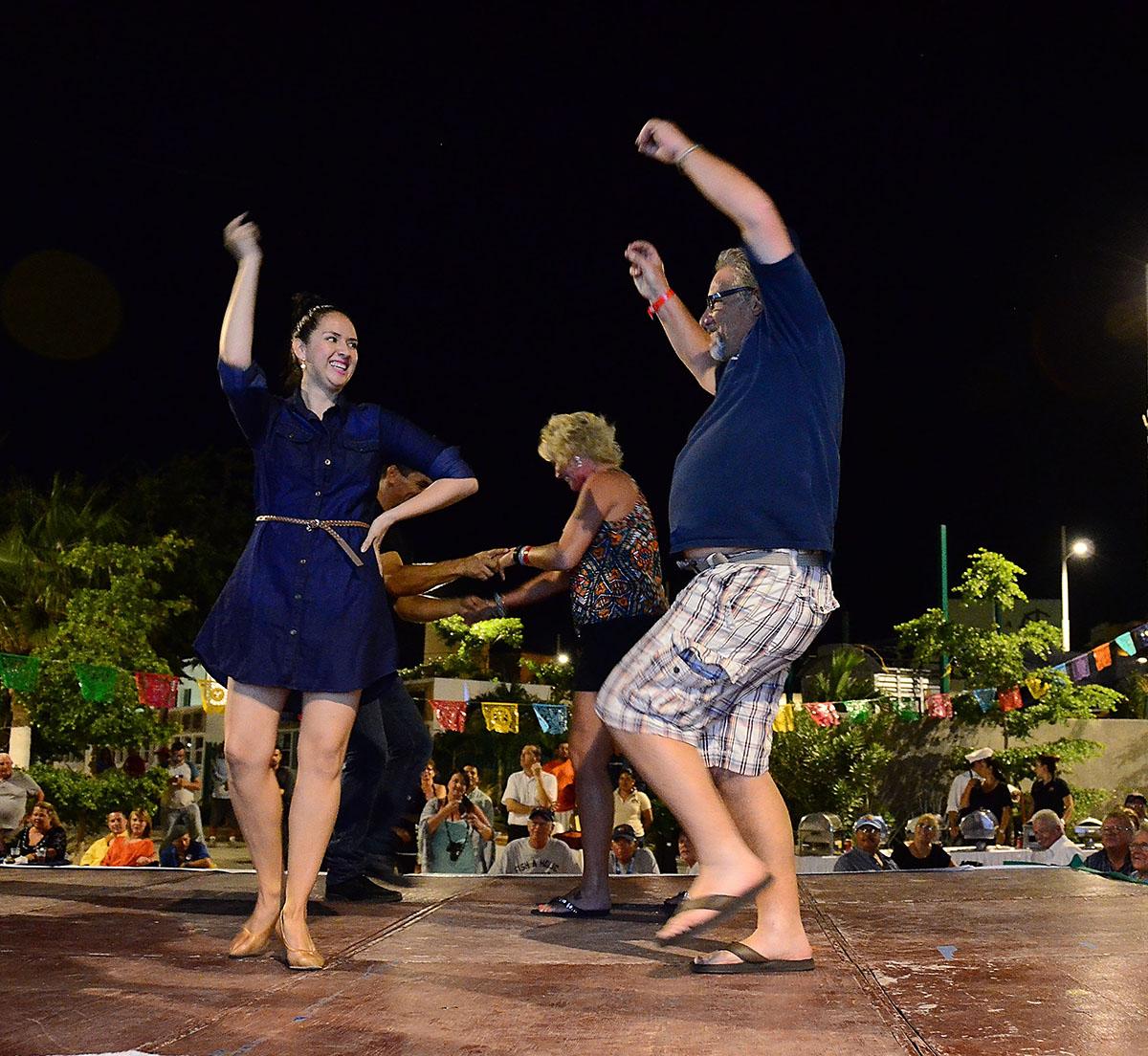 baja dancing