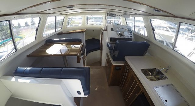 ocean sports boat interior legacy 26