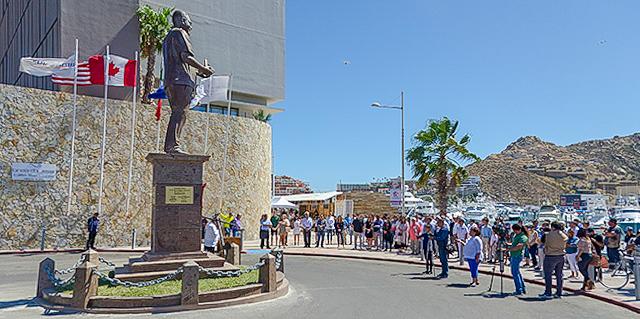 Don Luis Bulnes Molleda statue Los Cabos