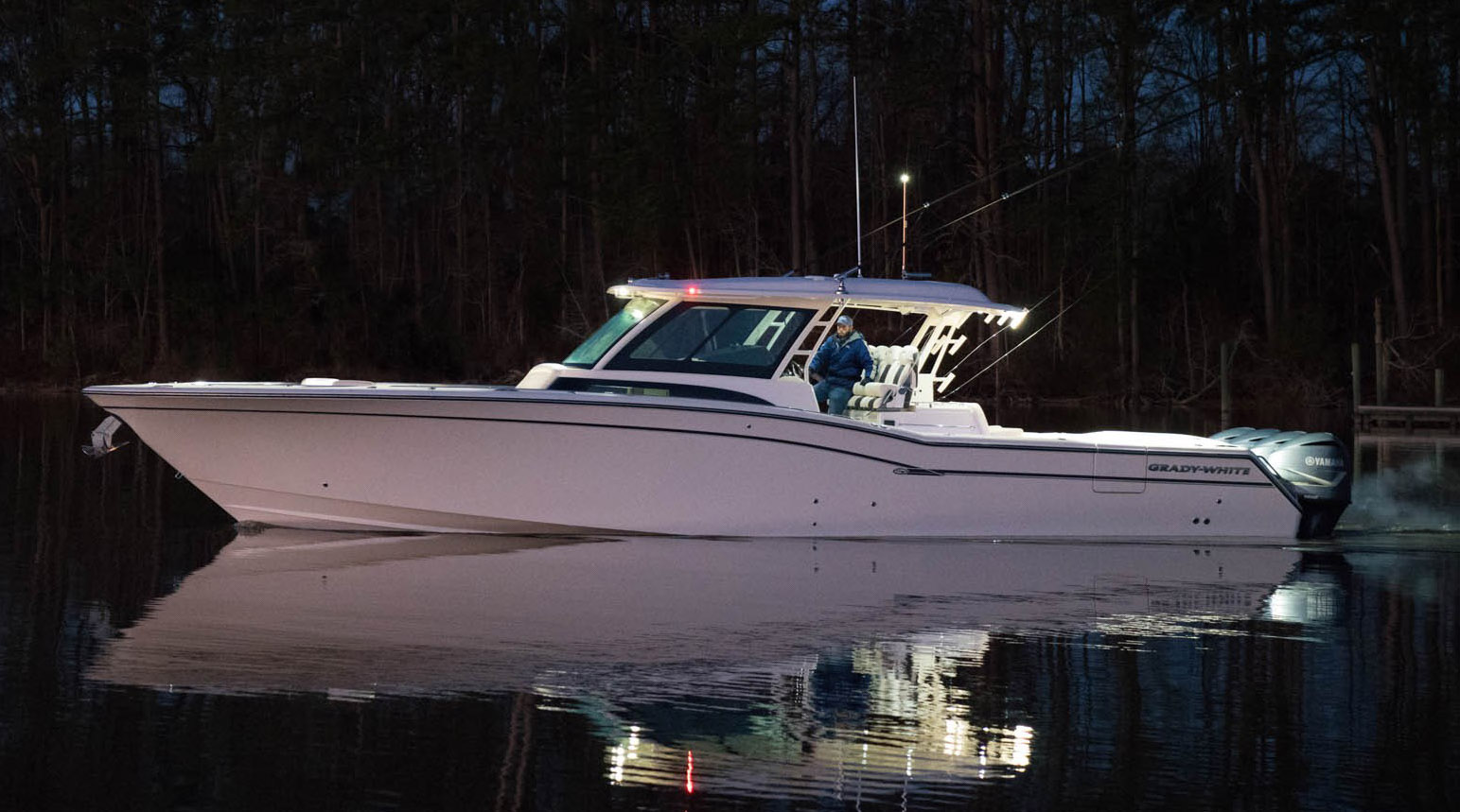Grady-White Canyon 456 Center Console Sportfishing Yacht