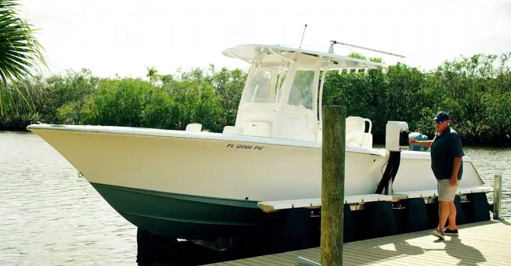 HydroHoist Boat Lifts