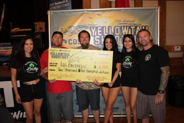 Team Los Bastardos wins the BoatUS Tuna Jackpot in the 2019 Yellowtail Shootout