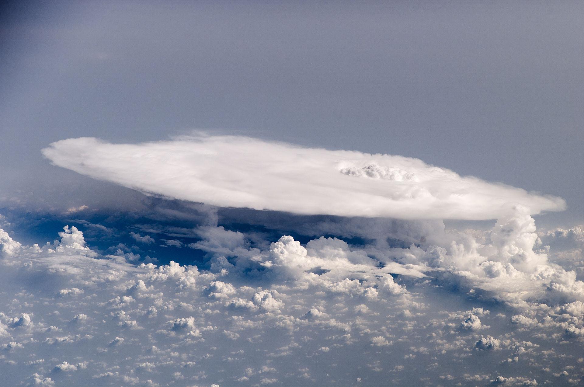 marine weather anvil cumulonimbus cloud